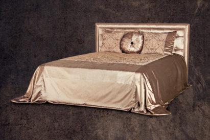 Кровать Адриана